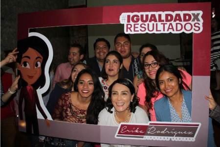 """Encabeza Erika Rodríguez premiación del concurso """"Creativos por la Igualdad"""""""