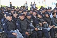 Entrega Raúl Camacho Baños, uniformes y equipamiento a policías municipales5