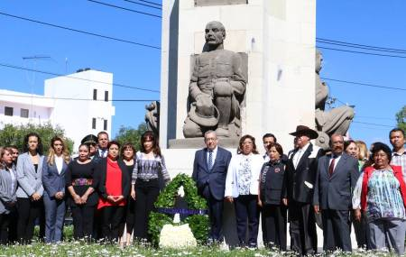 Guardia de Honor 138  Aniversario del Natalicio de Emiliano Zapata2.jpg