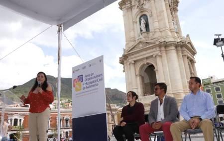 Inauguran Feria de Organizaciones de la Sociedad Civil de Asistencia1.jpg