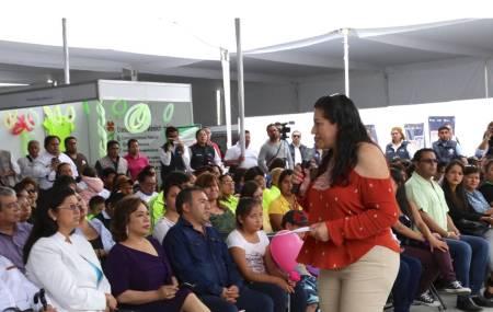 Inauguran Feria de Organizaciones de la Sociedad Civil de Asistencia2.jpg