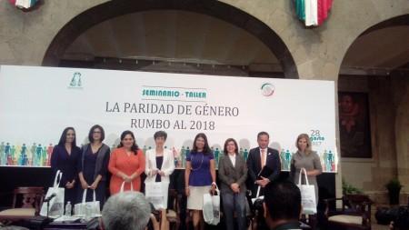 Integrantes del IEE asistieron al Seminario-Taller La Paridad de Género rumbo al 2018.jpg