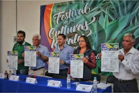 Invitan autoridades municipales de Mineral de la Reforma al Festival de las Culturas Rurales en La Pila