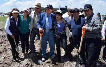 La UPMH inicia la siembra del Miscanthus Giganteus, proyecto de impacto nacional2.jpg