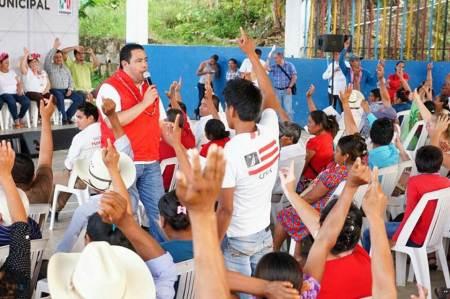 Los jóvenes son prioridad para el gobierno de Hidalgo, Leoncio Pineda
