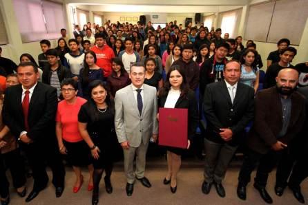 Nombra rector de UAEH a autoridades académicas y administrativas de escuelas superiores de Atotonilco de Tula y Tlahuelilpan4