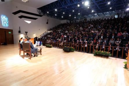Otorga UAEH beca académica a Porfirio Muñoz Ledo4