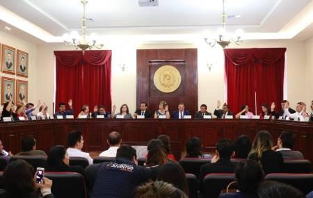 Pachuca vota a favor de quitar fuero a servidores públicos2.jpg