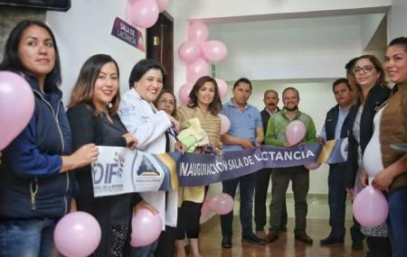 Presidenta del DIF de  Mineral  de la Reforma inaugura  sala de lactancia instalada al interior de la alcaldía.jpg