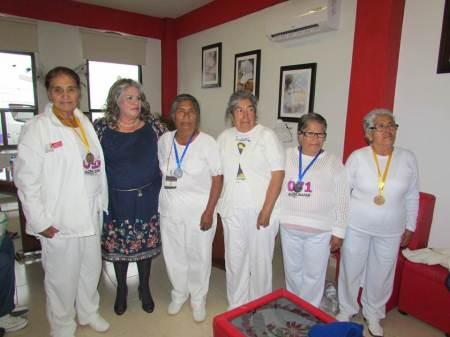 Presidenta del DIF Tizayuca reconoce a adultos mayores por su participación en los Primeros Juegos Estatales Deportivos, Culturales y Tradicionales