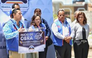 Raúl Camacho encabeza banderazo para el inicio de pavimentación en Rinconadas del Venado 2