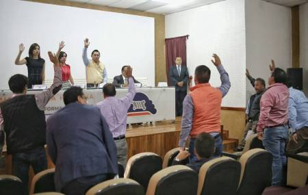 Ratifica ayuntamiento de Mineral de la Reforma eliminación de fuero  2.jpg