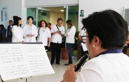 Realiza voluntariado del IMSS actividades en hospital de Pachuca1