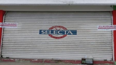 SAT clausura establecimiento en Pachuca por no entregar comprobantes fiscales