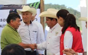 Sedagroh entrega más de 47 mil crías de carpa a productores de Santiago Tulantepec4