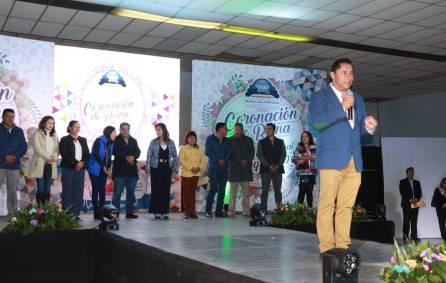 Alcalde de Mineral de la Reforma realiza coronación de Reina de la Feria de Pachuquilla3