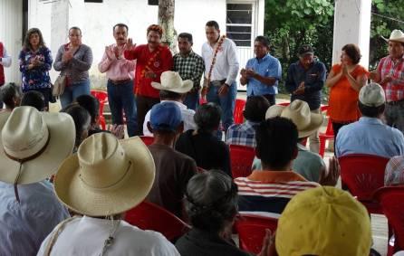Alejandro Ramírez Furiati realiza gira de trabajo por comunidades de la Huasteca hidalguense3