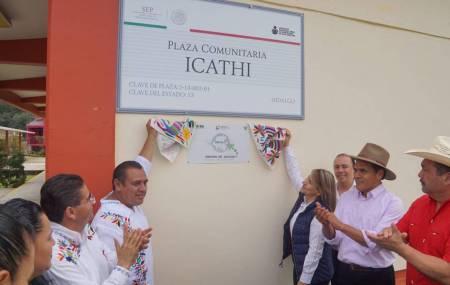 Colocan la primera placa de la UNIDEH en plaza comunitaria del IHEA en Tenango de Doria1.jpg