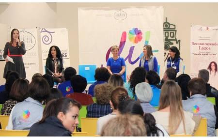 DIF Pachuca realiza conferencia Reconstruyendo Lazos impartida por Rayo Guzmán