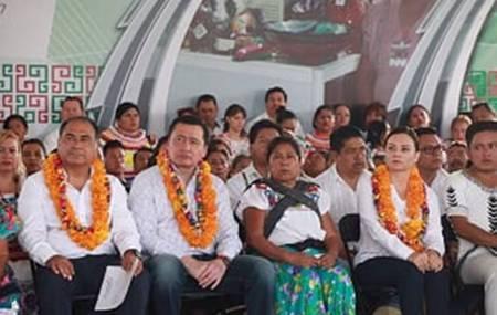 En la Montaña de Guerrero, SEGOB y CDI entregaron mil 500 actas de nacimiento2