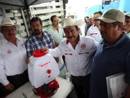 Gestiona CNC incentivos de apoyo a productores de maíz y frijol en Acatlán