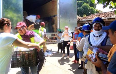 Oaxaca recibe ayuda humanitaria de pachuqueños.jpg