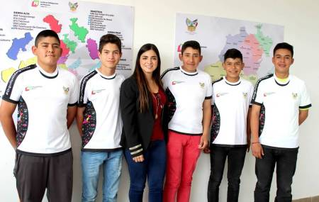 Peloteritos hidalguenses presentes en la Serie Latinoamericana de Béisbol.jpg