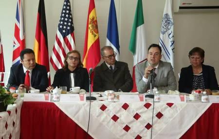 Presentan congreso internacional de enseñanza de idiomas en UAEH.jpg