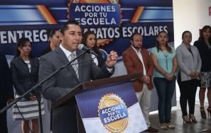 """Raúl Camacho arranca programa """"Acciones por tu escuela"""" con la entrega de zapatos escolares a preescolares 3"""