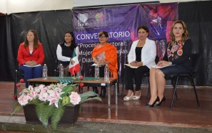 Realizan en la UTTT el Conversatorio Mujeres, Memorias y Diálogos