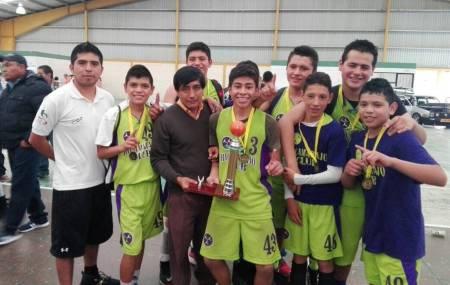 Ricamarajo se proclama campeón estatal de Baloncesto 2.jpg