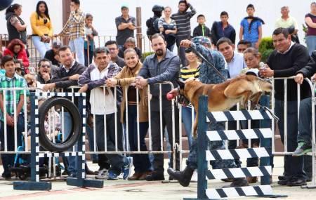 Seguridad Pública de Hidalgo acerca actividades a ciudadanos de Santiago Tulantepec1