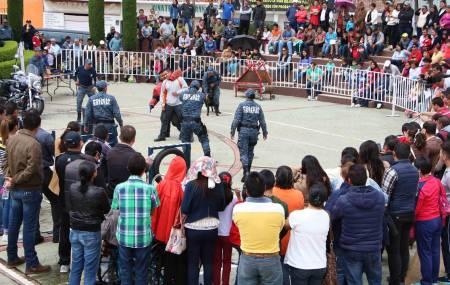 Seguridad Pública de Hidalgo acerca actividades a ciudadanos de Santiago Tulantepec2.jpg