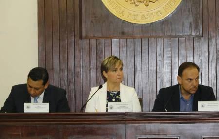 Aprueba Cabildo de Pachuca presupuesto para 2018.jpg