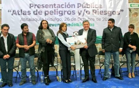 Delegado de SEDATU entrega Atlas de Riesgos al municipio de Atitalaquia