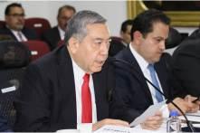 El secretario Simón Vargas Aguilar, comparece ante el Congreso del Estado4