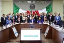El secretario Simón Vargas Aguilar, comparece ante el Congreso del Estado5