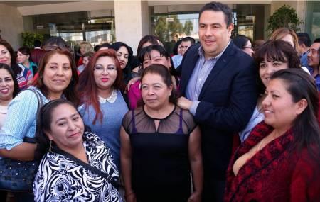 Hidalgo primer lugar de aprovechamiento en la Escuela Nacional de Mujeres Priistas1.jpg