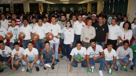 INHIDE visitó municipios de la huasteca hidalguense