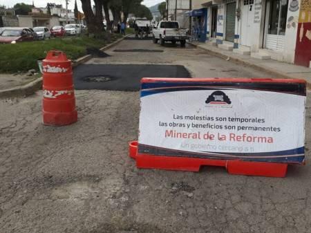 Mineral de la Reforma, incrementa su presupuesto para atender bacheo de calles y avenidas