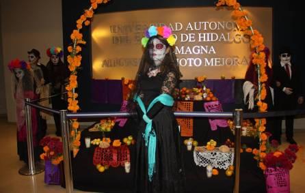 Noche de brujas, catrinas y leyendas, vivió la OSUAEH3