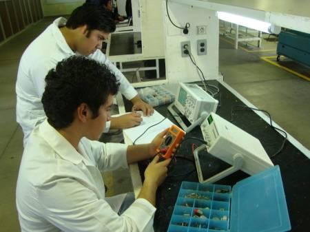 Ofrece UTTT certificación laboral