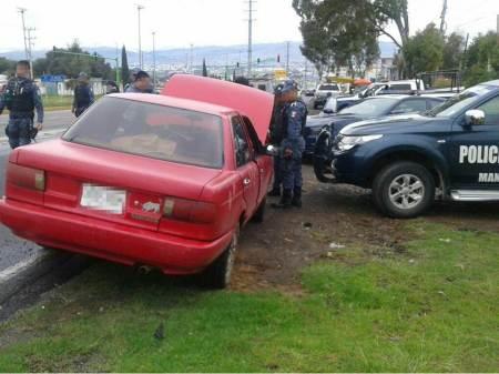 Policía estatal asegura cuatro vehículos en Tulancingo