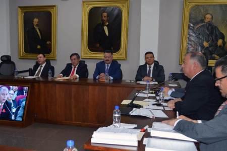 Procurador Javier Ramiro Lara Salinas destaca principales logros de la PGJEH en comparecencia