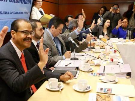 Propone Fernando Moctezuma estrategia para reconstrucción