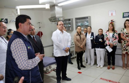 Titular de salud realiza en Pachuca supevision de hospitales