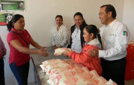 140 familias del municipio de Tlahuelilpan serán beneficiadas con leche Liconsa .jpg
