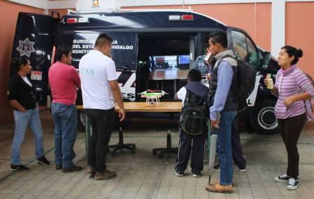 Acerca SSPH actividades policiales a ciudadanos de Tepehuacán1.jpg