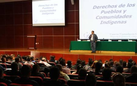 Capacita CNDH a policías de Hidalgo en derechos indígenas2.jpg