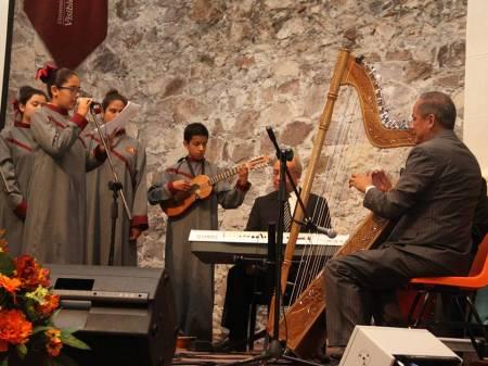 Coro Infantil de la UAEH festeja Día de Muertos 1.jpg